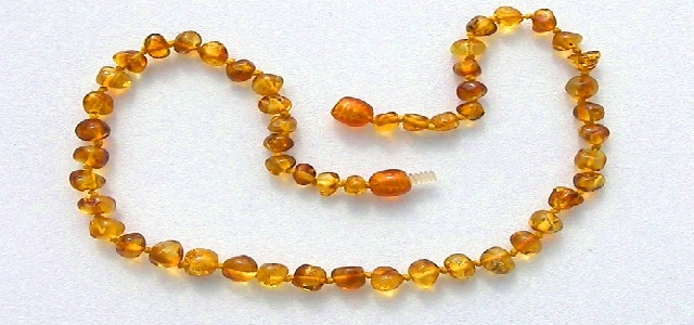 amber-teething-neclace