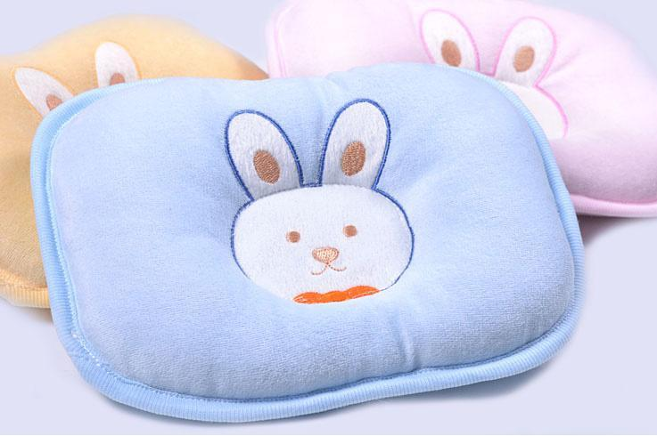 -baby-pillow-newborn