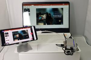 live streaming with laptop
